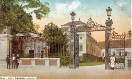Gate and surroundings of Esterhazy Castle to be renovated and rebuilt