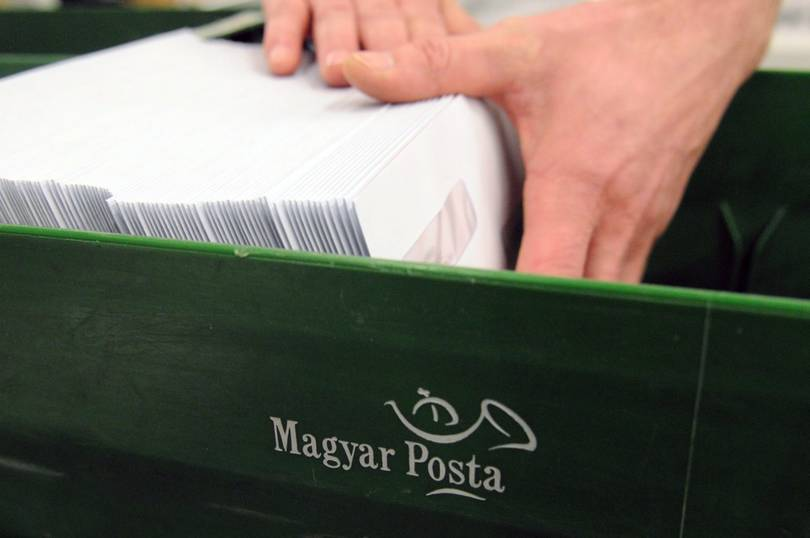 Hungarian Post implements contactless delivery