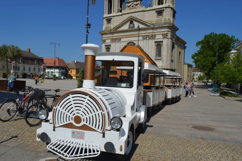 Sightseeing train in Pápa