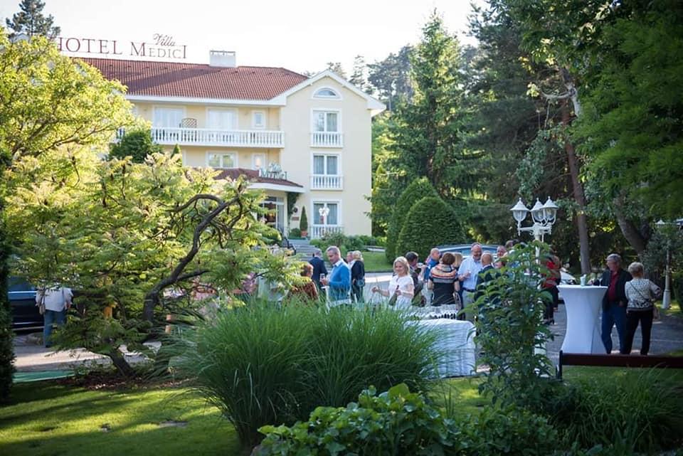 Villa Medici Restaurant and Hotel
